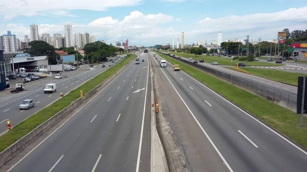20170127_150159 (Rodovia Presidente Dutra em São José dos Campos — Foto: Leonardo Medeiros/G1)